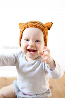 Tiny__tiger_hat_knitting_pattern_02b_littleredwindow_small2