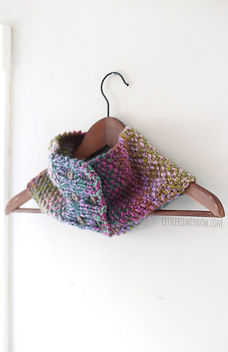 Buttoned_up_cowl_scarf_knitting_pattern_02_littleredwindow_medium