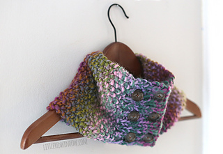 Buttoned_up_cowl_scarf_knitting_pattern_06_littleredwindow_small2