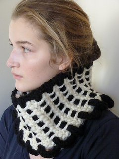 28_gaiter_cream_weave_small2