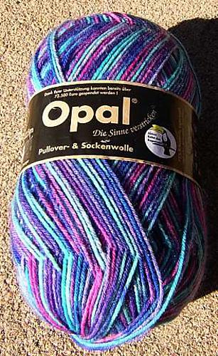 Opal_sock_medium