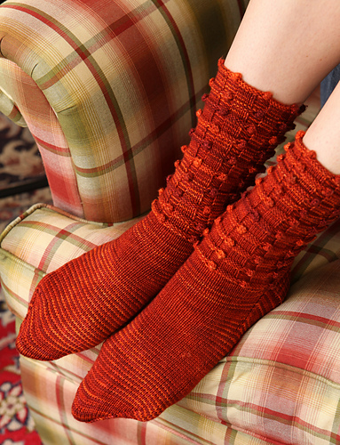 Berry Basket Socks PDF