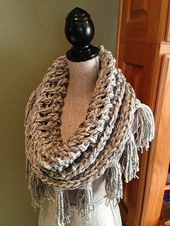 Gray_3-strand_cowl_3_small2