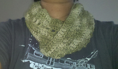 Pretty_green_cowl_medium