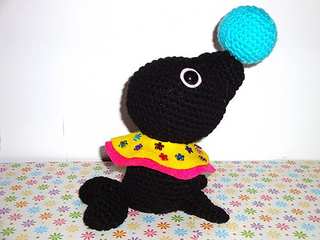 Chiwaluv Amigurumi Critters Blog : Ravelry: Circus Seal pattern by Chiwaluv Amigurumi Critters