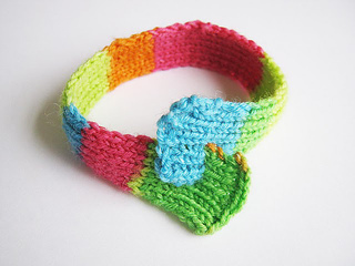 Neon_20looped_20bracelet_2004_small2