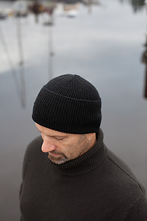 Ribbed-watchcap1_small2
