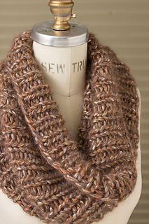 Caitlins_cowl_winter_woods_3_gallery_large_small2