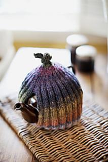Ribbed-tea-cozy3_small2