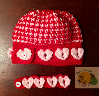 Hollie_hat_flat_small2
