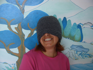Compassioknitter-simplicity_hat_015_small2