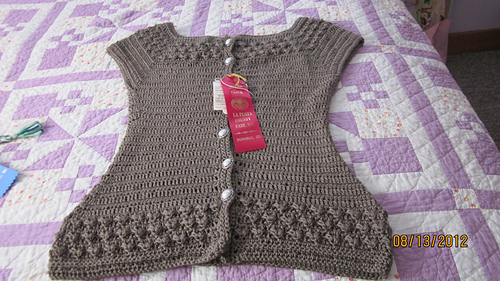Ia__utility_room__knitting_007_medium