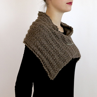 Fear-of-commitment-cowl-05_small2