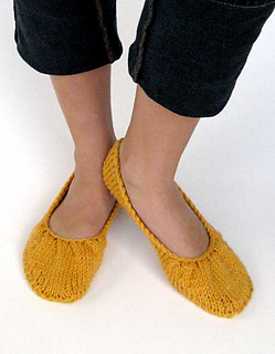 Pleated_flats-model_small2