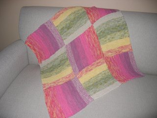 Lily_blanket_done_small2