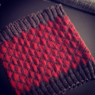 Redcowl_small2