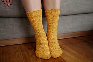 Gingko_socks_pattern_2_small2
