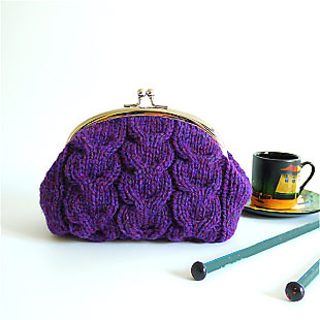 Knitted_purse_kit_purpe_small2