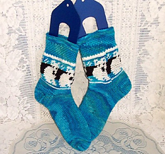 Icebearsocks2_small