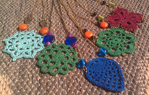 Motif_pendant_necklaces_medium