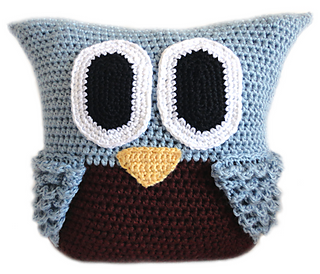 Owlpillow2_small2