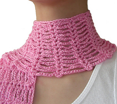 Etsy_spider_scarf_1_small