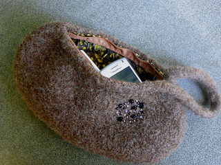 Brownwristlet7_small2