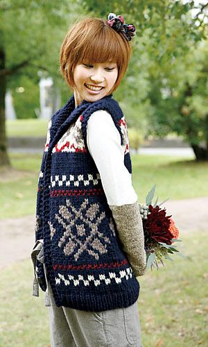Ravelry: Cowichan Snowflake Vest pattern by Pierrot (Gosyo Co., Ltd)