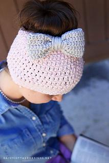 Chunky-messy-bun-hat-crochet-pattern_small2