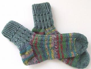 Womens_free_socks_small2