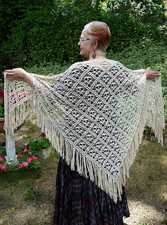 Skull_shawl_small2