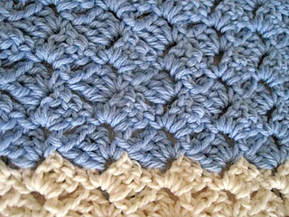 Cozy_comfort_shawl_blue_cream_2_small2