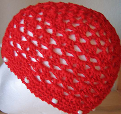 V_stitch_shell_beanie_red_small