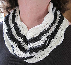 Zebra_cowl_second_small