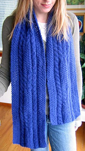 Cabled_seed_scarf_on_c_2_medium