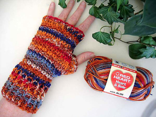 Heart_sole_mitts_1_fill_small2