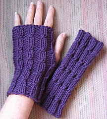 Twist_mitts_small