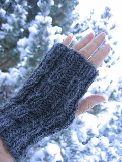 Twist_mitts_gray_with_new_snow_on_tree_small2