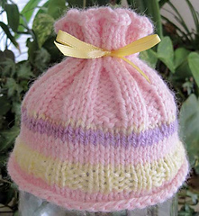 Coral_reef_baby_hat_pink_1_small