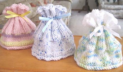 Coral_reef_baby_hats_3_medium