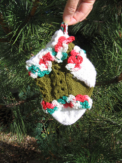 Ruffled_lace_baby_stocking_outside_small2
