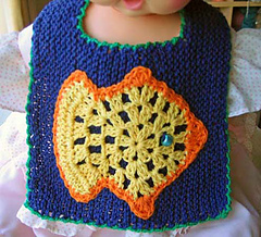 Fishy_bib_2_small