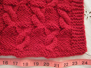 Cuddle_cable_baby_blanket_with_measure_4_small2