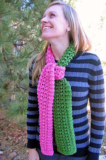 Color_combo_scarf_on_c_looking_upfix_small2