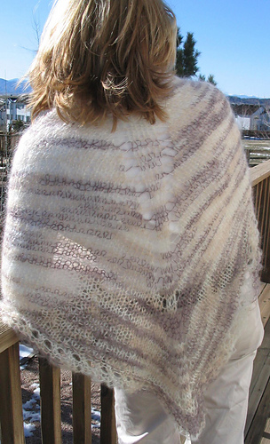 Easy_knit_shawl_in_mohair_outside_medium