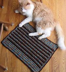 Cushy_pet_pad_stripe_andrew_floor_small