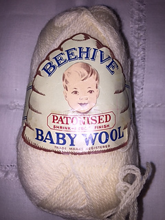 Beehive_baby_wool_small2