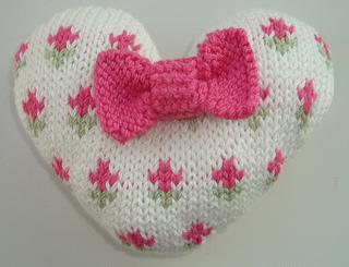 Rosebud_heart_2_small2