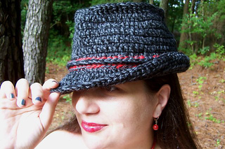 Crochet_trilby4_small2