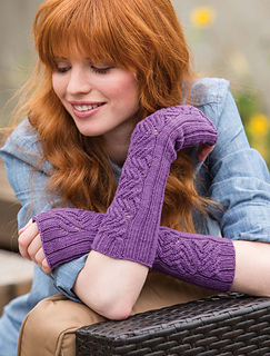 Unexpected_cables_-_bainbridge_armwarmers_beauty_image_small2